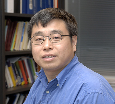 Dr. Dong Xu, the James C. Dowell Professor and Chair of the Department of Computer Science, has been elected a Fellow of the American Association for the Advancement of Science. <br><br><a href=https://ipg.missouri.edu/feature-stories/IPGFacul_113015.cfm>READ MORE>></a>